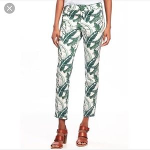Old Navy tropical palm leaves cropped pants